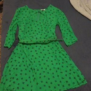 Vintage Green Dress w/bows